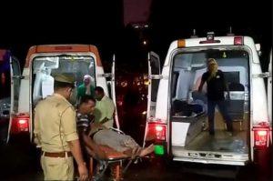 Barabanki Bus Accident: 12 मृतकों की हुई शिनाख्त, पुलिस ने जारी किया हेल्पलाइन नंबर